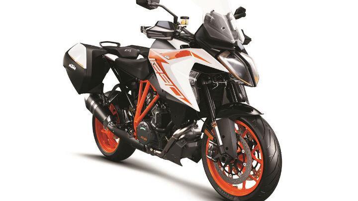 ktm-1290-super-duke-gt-my19-orange-case