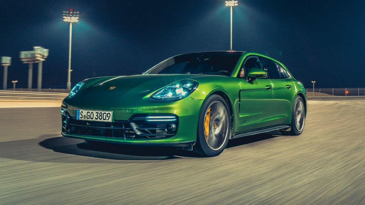 Flipboard Showcases Porsche 911 Gt2 Rs Manthey Record Car Destroys 911 Gt3 Rs In -2801