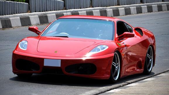 Exclusive Drive Ferrari 430 In Mumbai Car News Topgear Topgear