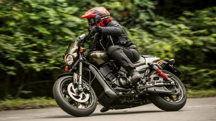 Review Harley Davidson Street Rod 750 Harley Davidson Bbc