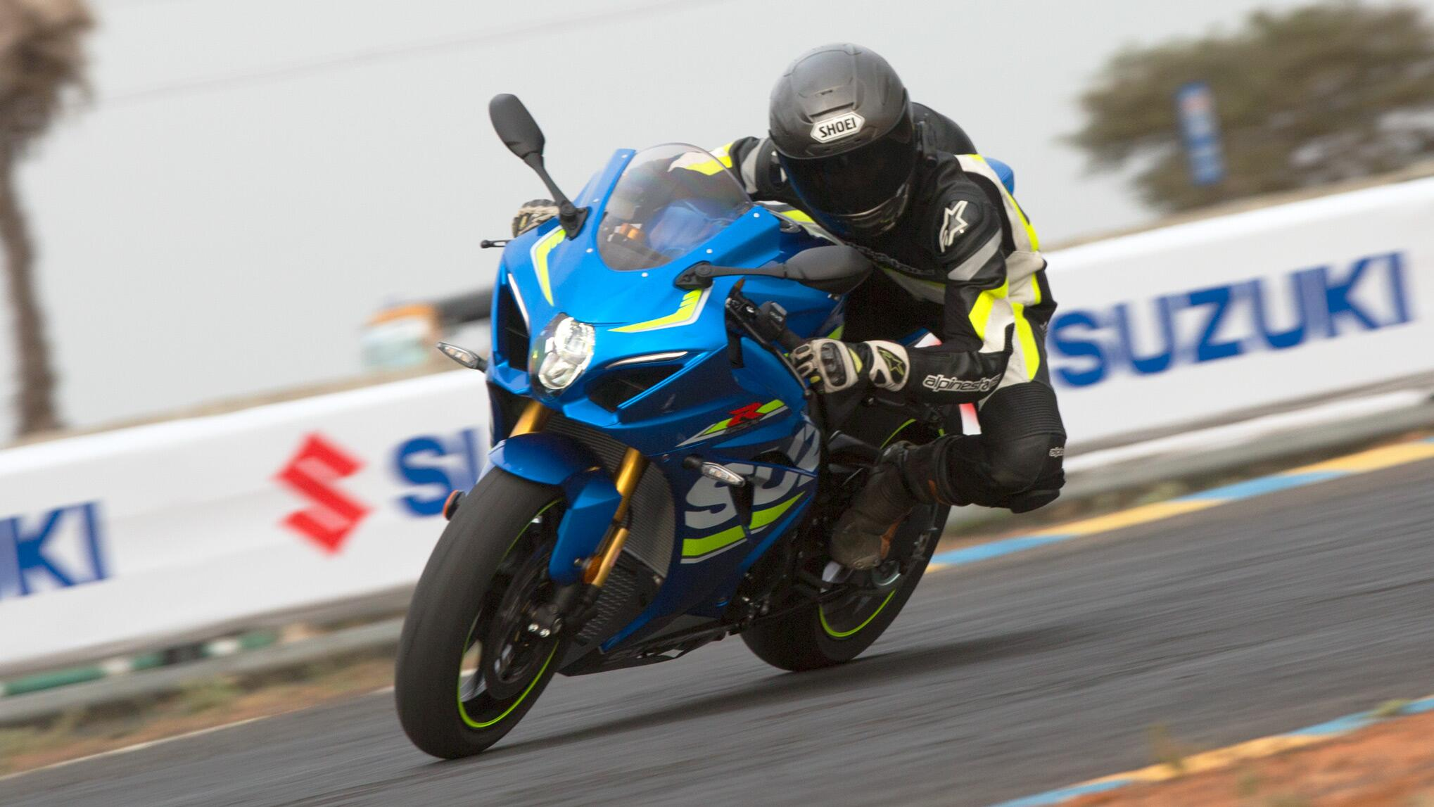 First ride: 2017 Suzuki GSX-R1000R