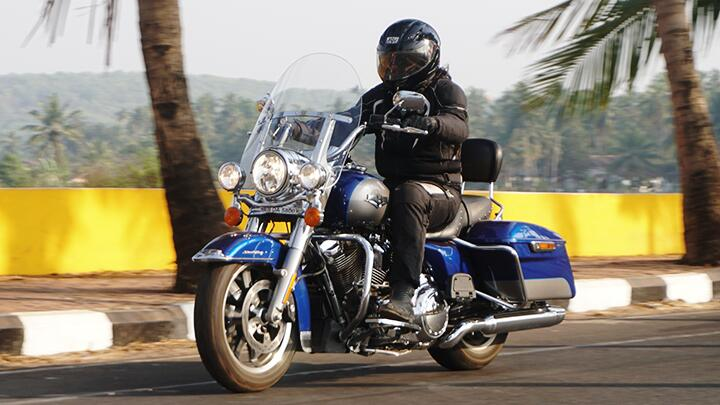 Review Harley-Davidson Road King 2017 - Harley-Davidson