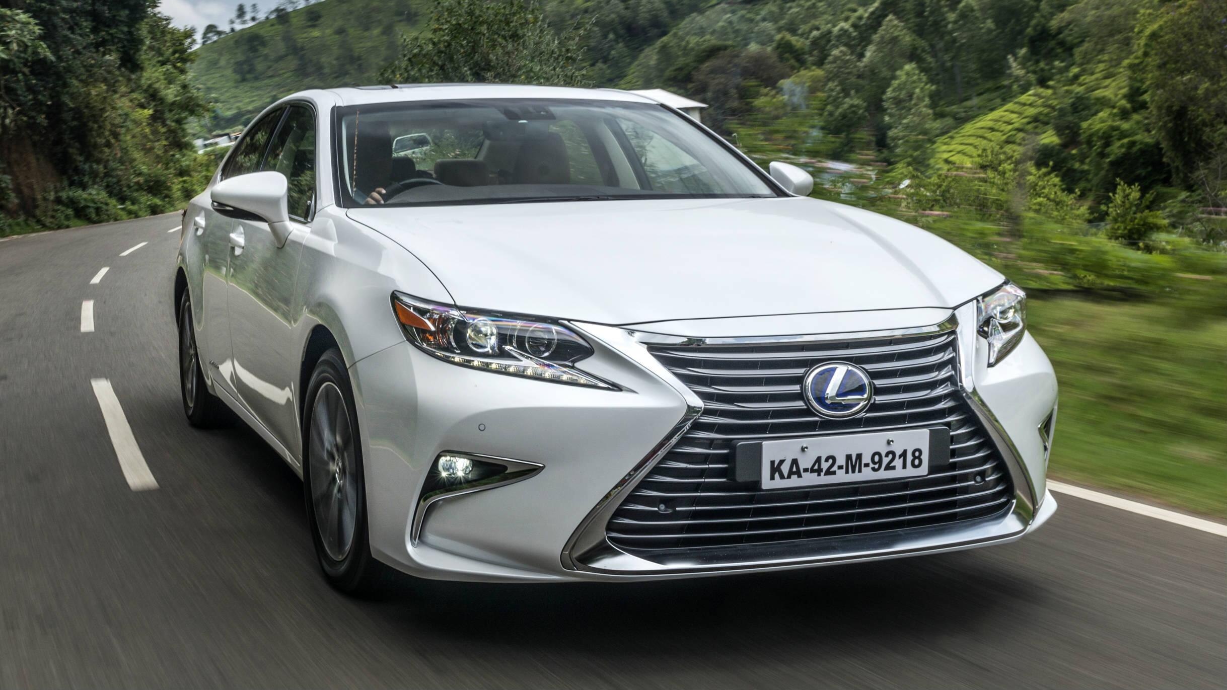Review: Lexus ES 300h