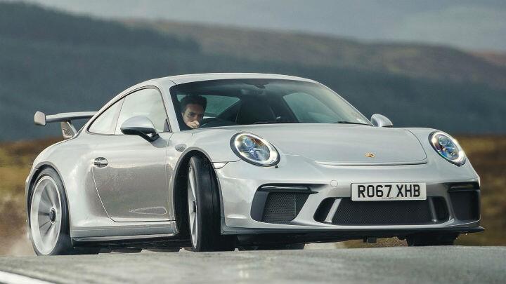 Review: Porsche 911