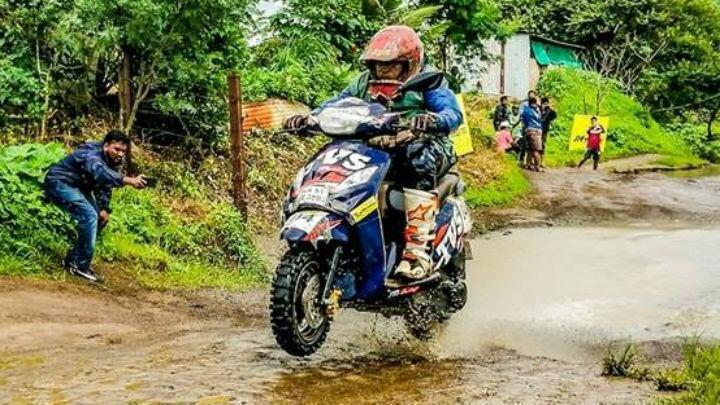 Venkatesh Shetty wins the 2018 Monsoon Scooter Rally