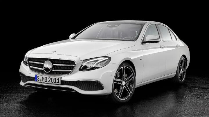 Mercedes tops luxury car sales chart