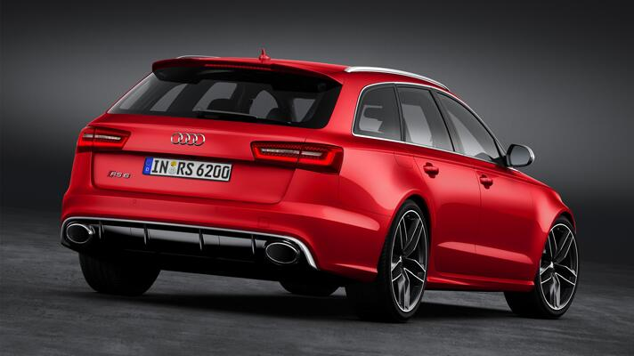Shots of the new Audi RS6 Avant
