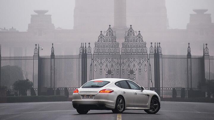Porsche Panamera D: Capital D