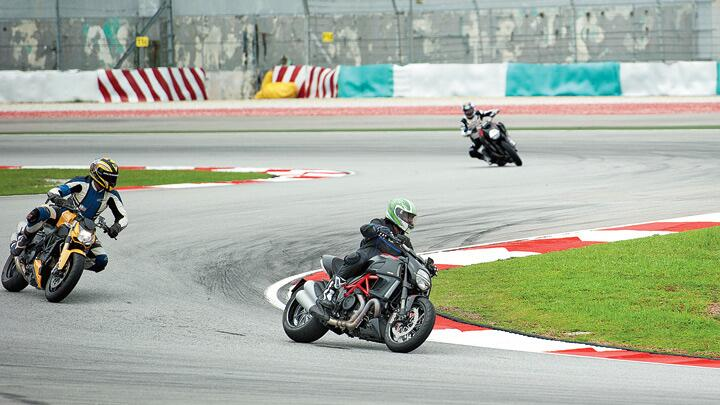 Ducatis in Malaysia: Red riding hoot!