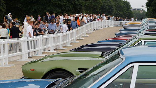 150 Aston Martins rumble into London