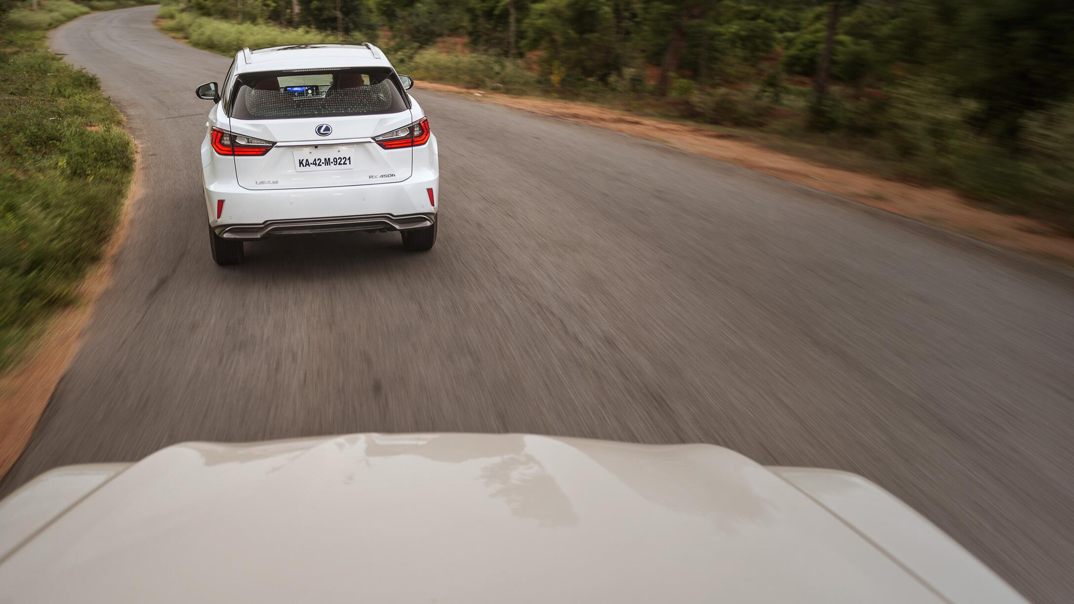 Lexus LX 450d and RX 450h