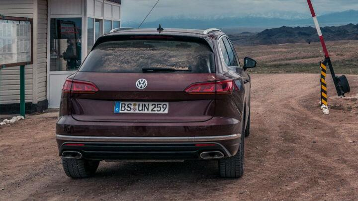 Crossing Kazakhstan in the new VW Touareg