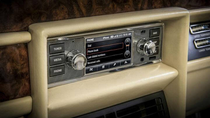 Jaguar Classic will give your old car new infotainment