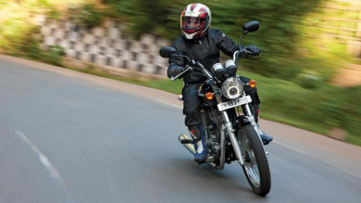 Royal Enfield Thunderbird 500: Cruise Missile