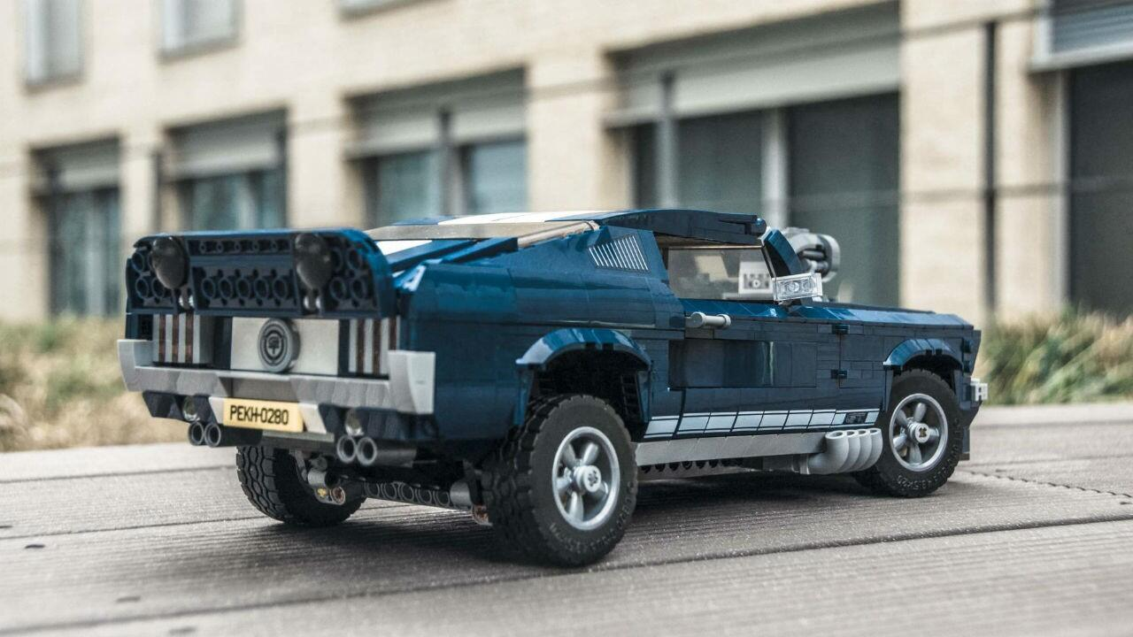 Eight of the nicest details in the Lego Ford Mustang GT